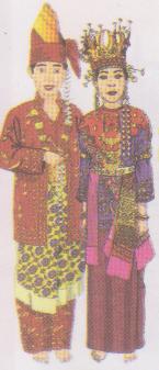 Traditional costumes (pakaian adat/ pakaian tradisional ...